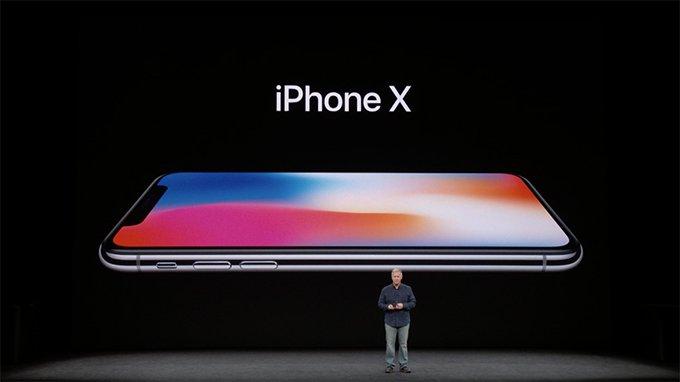Appleの新製品発表イベントにて新型iPhone「iPhone 8」シリーズと「iPhone X」が発表されました